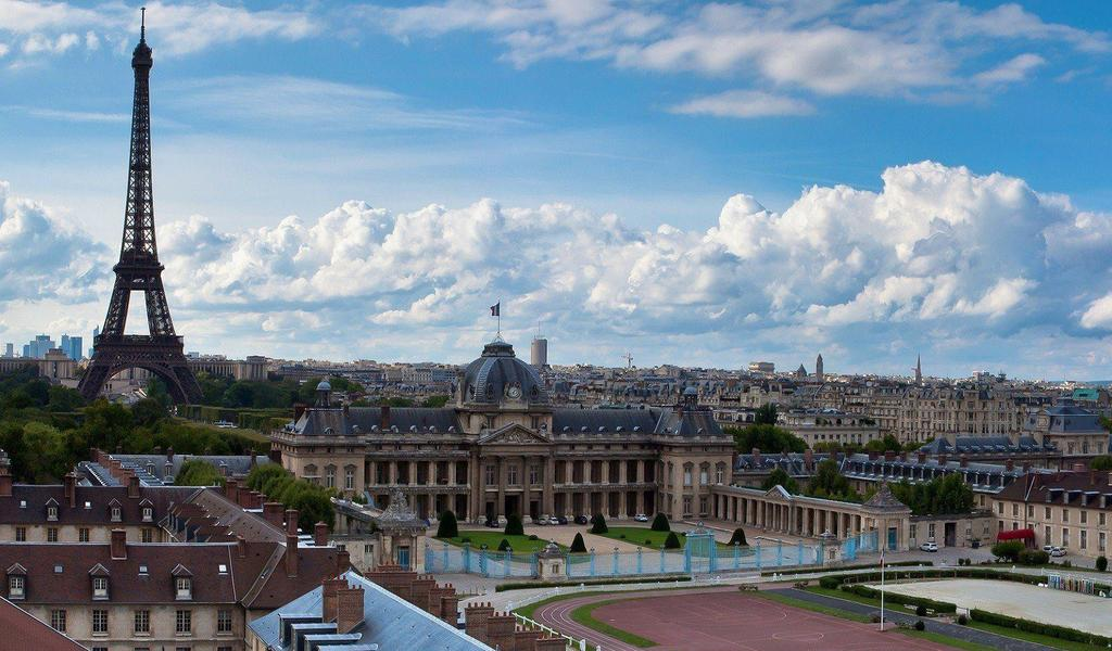 Image: View across Paris from UNESCO World Heritage Centre