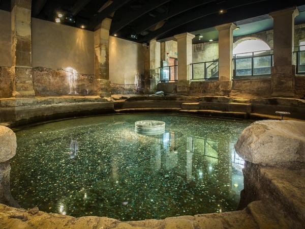 Image: View of the Circular Bath at the Roman Baths